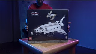 LEGO Sort and Build: NASA Space Shuttle Discovery 4K