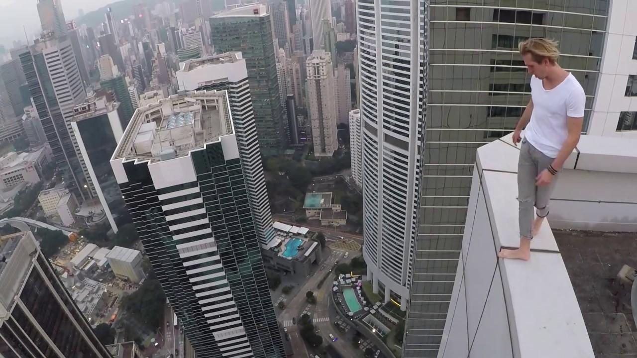 Viral Video UK: Backflips on a high Hong Kong roof top - YouTube
