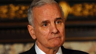 Billionaire Governor Taxes Rich, Increases Minimum Wage, Economy Explodes