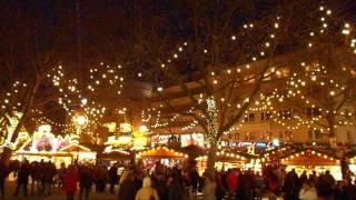 Dortmunder Weihnachtsmarkt mit dem größten Weihnachtsbaum der Welt