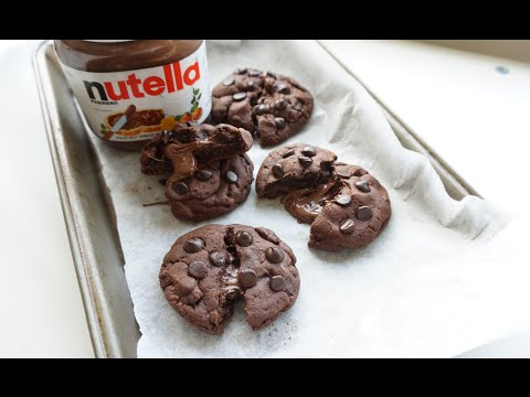 Nutella-stuffed Double Chocolate Cookies
