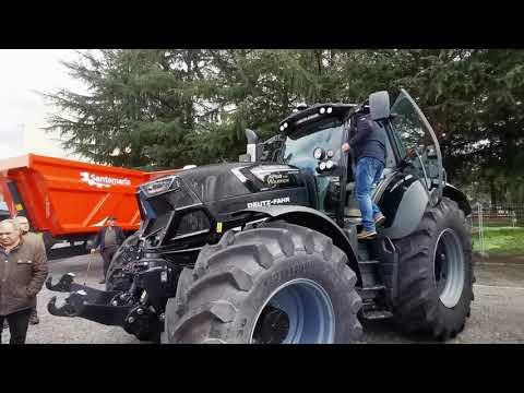 Elvira Lama en tractor