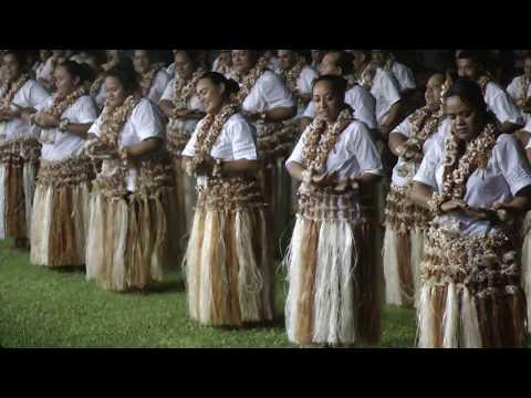 Wallis, fête du 13/14 juillet, le concours de danse : premier groupe