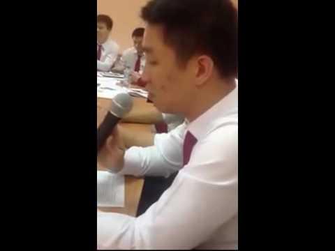 Tiếp viên hãng hàng không Vietnam Airlines trong một buổi học tiếng anh