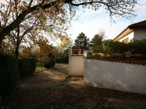 Vermittelt   Villengrundstück Mit Haus Und 6 Garagen   Das Anwesen Zwischen  Stuttgart Und Karlsruhe