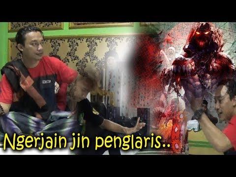 Lucu Pak Dhen Ngerjain Jin Penglaris