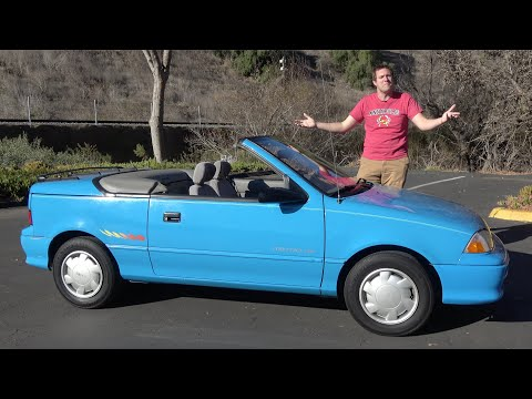 The Geo Metro Convertible Was a Hilariously Pathetic 50-Horsepower Economy Car