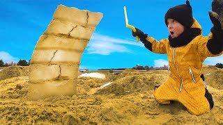 Играем в Большой Песочнице. Делаем Кирпичи из Песка и Снега. Челлендж настоящее против...
