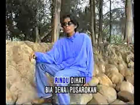 BOY SANDY - Rindu Bapusarokan (lagu minang)..flv