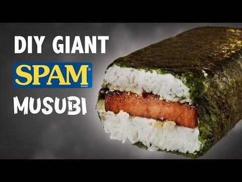 DIY GIANT SPAM MUSUBI - IN HAWAII!! 🍣🍚