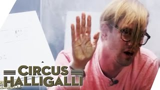 Circus HalliGalli Aushalten: In der Kiste (Teil 2) | ProSieben thumbnail