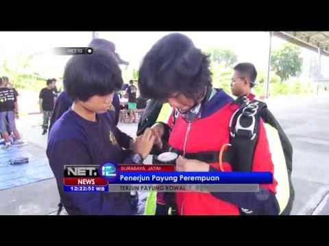 Terjun Payung Kowal di Surabaya - NET12