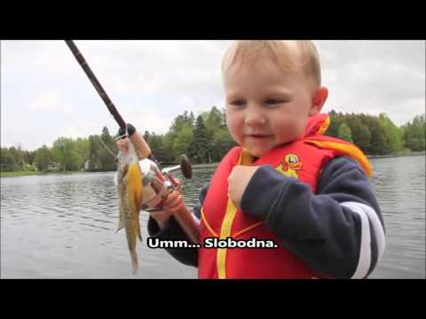 Preslatka reakcija dječaka koji je po prvi puta ulovio ribu