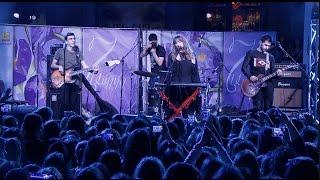 Garik & Sona - mot ari  (live at Aznavour square) HD