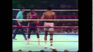 Video Round 14/14 Muhammad Ali vs. Joe Frazier, 1975 download MP3, 3GP, MP4, WEBM, AVI, FLV November 2018