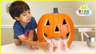Elephant Toothpaste Science Experiments Halloween Edition!!! MP3