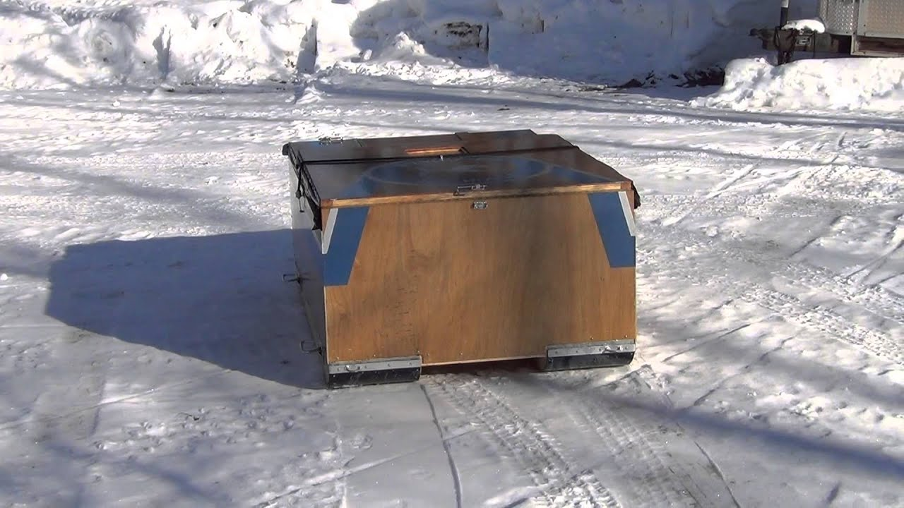Image gallery homemade ice shanty for Ice fishing hut