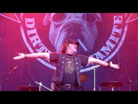Krokus keep on rockin in the free world LIVE @ Skogsröjet 2017