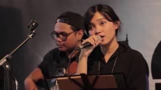 Download Payung Teduh - Untuk Perempuan Dalam Pelukan cover Remember Entertainment