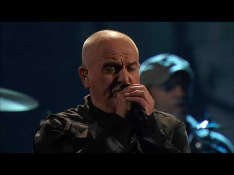 """Peter Gabriel performs """"Digging in the Dirt"""" at the 2014 Rock & Roll Hall of Fame Induction Ceremony"""