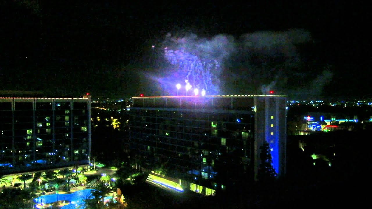 Disneyland Hotel Frontier Tower Suite 5798 Fireworks View 2017 You