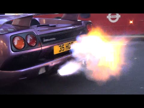 Ordinaire PURPLE Lamborghini Diablo SV HUGE FLAMES On Sloane Street!!