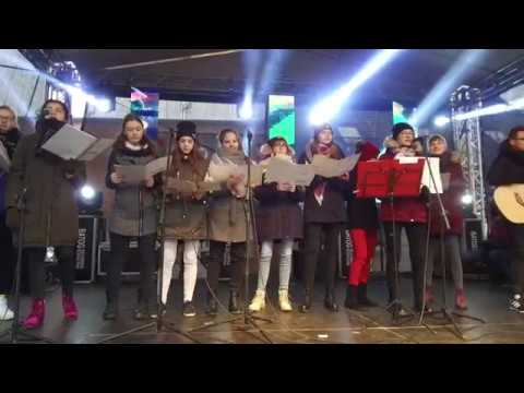 Zespół Szkół W Opalenicy Podczas IV Jarmarku Świątecznego Na Rynku W Opalenicy