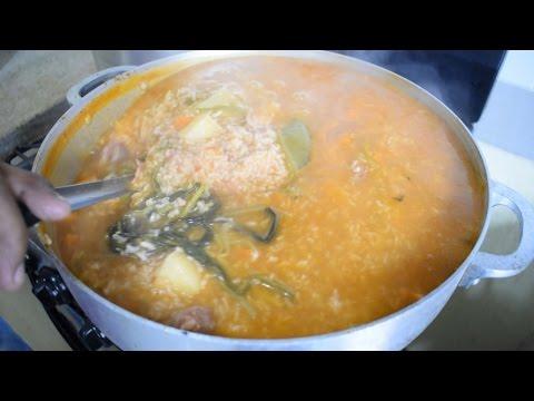 C mo hacer un asopao de chuleta receta dominica doovi for Chambre de guandules dominicano