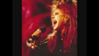 T'Pau Hold On To Love-Live