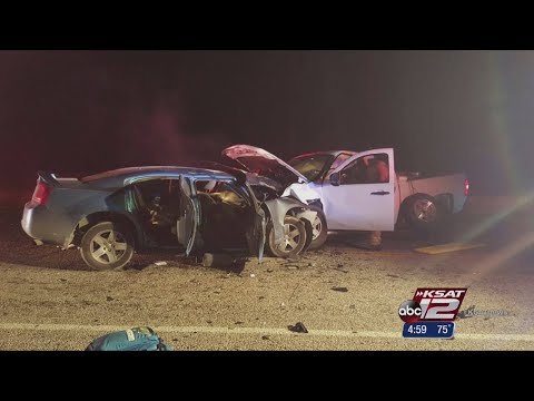 5 killed in Maverick County crash