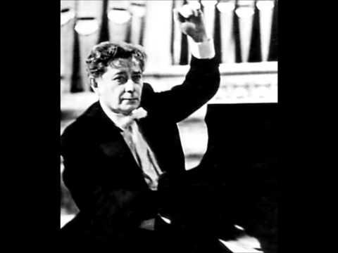 "Grigory Ginzburg plays Liszt- Busoni : ""Le Nozze di Figaro"""