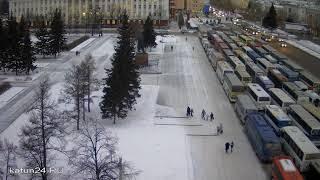 видео В Барнауле инспекторы ГИБДД задержали водителя автобуса 37-го маршрута