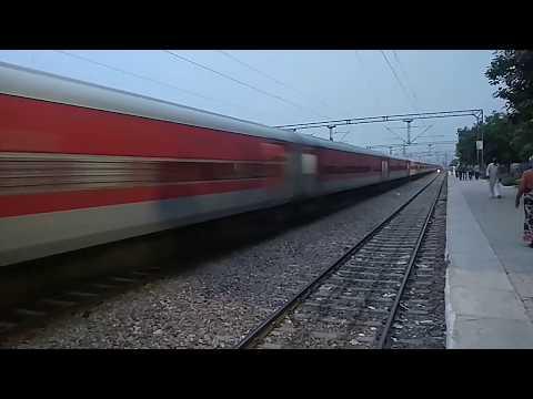 100 subscribers special 12473 Sarvodaya express speedy blast with L.H.B coaches through Narela