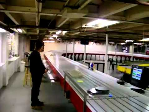 Large scale slot car racing — Nascar in 1:12