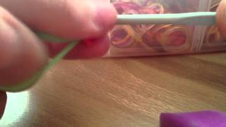 Урок номер 3, цветок из резинок без станка.