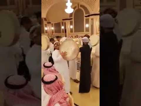 عرس خلود السديري السعودية توزع ايفون 8 Youtube