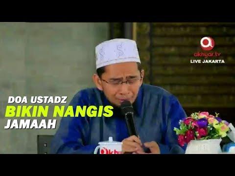 Doa Ustadz Adi Hidayat Bikin Nangis Jamaah