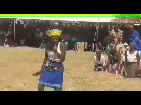 Filabusi Godlwayo omnyama umahlabaiyithwale