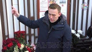 Соратники Немцова пришли возложить цветы к его дому