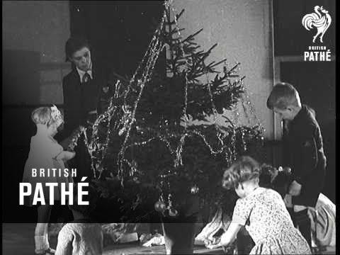 Christmas Is Coming To Dr Barnardo's Home (1937)