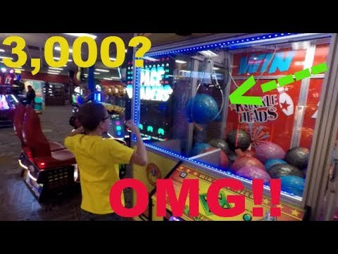 #30 Landon playing at the arcade! 3,000 TICKETS!!