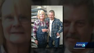 Community rallies around couple who suffered from house fire thumbnail