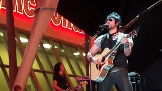 """Beto Cuevas """"No te olvides de amar"""" Descarga Las Vegas 2012 Fremont Street Experience"""