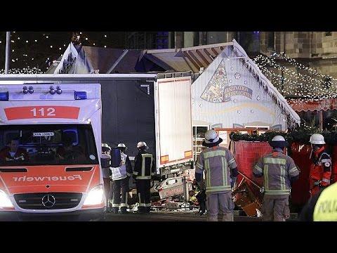 LKW rast in Berliner Weihnachtsmarkt - neun Tote, viele Verletzte