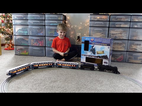 Lionel Polar Express Train Review (Unboxing, Setup, Operation)