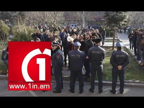 Մանվել Գրիգորյանին դեմ բողոքող ցուցարարները սպառնում են դիմել ծայրահեղ քայլերի