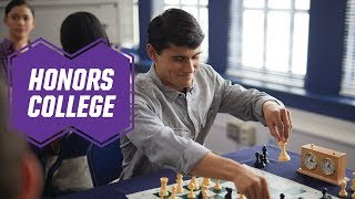 Honors College Greg | Grand Canyon University