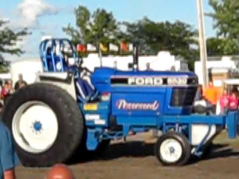 Pulling Tractors For Sale >> Ford 8530 Tractor-pulling - YouTube