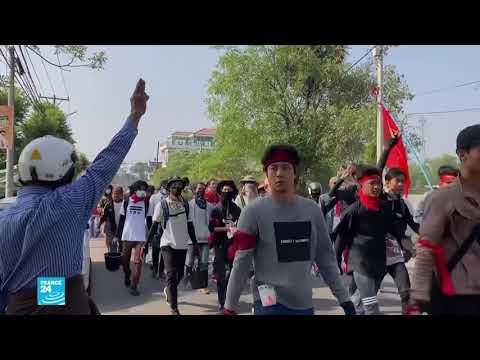بورما: تواصل الاحتجاجات رغم قمع قوات الأمن ودول الجوار تحاور الجيش لحل الأزمة  - نشر قبل 1 ساعة
