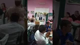 Мама поет брату на свадьбе